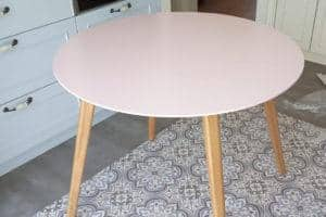שולחן אוכל עגול רטרו