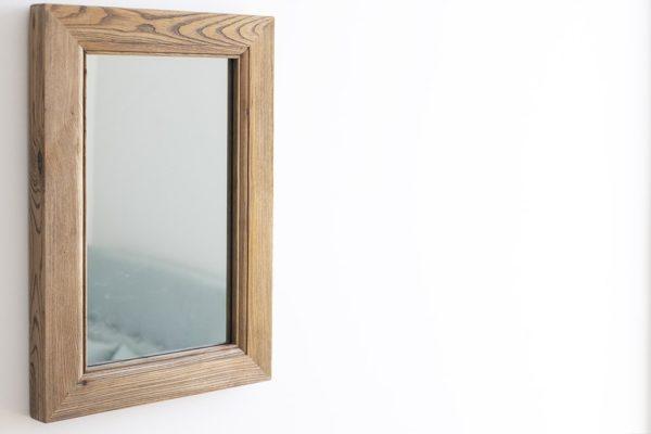 מראה מסגרת עץ