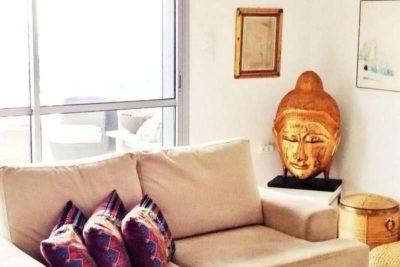 בודהה מעוצבת מעץ לעיצוב