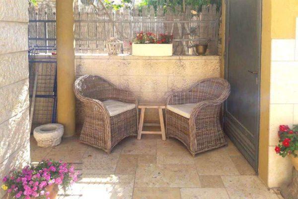 כורסאות ראטן לגינה מרפסת