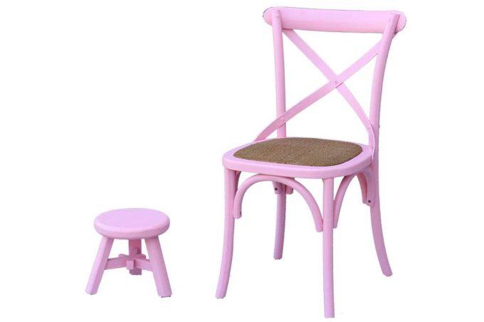 כסאות אוכל צבעוניים מעץ