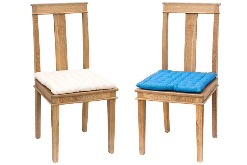 כסאות פינת אוכל עם כריות מושב