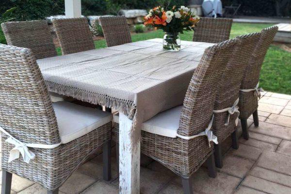 כסאות אוכל ראטן לגינה