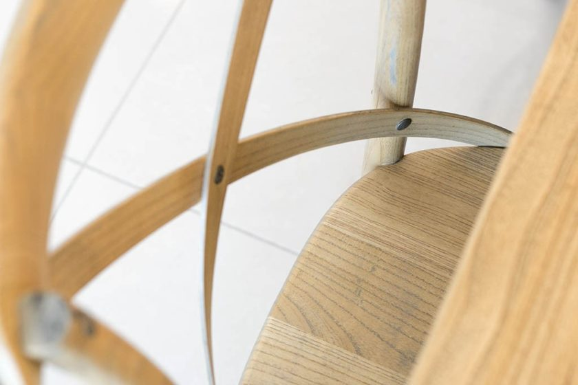 כסא אוכל אלון מעץ מלא