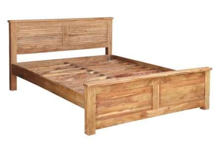 מיטה כפרית מעץ מלא