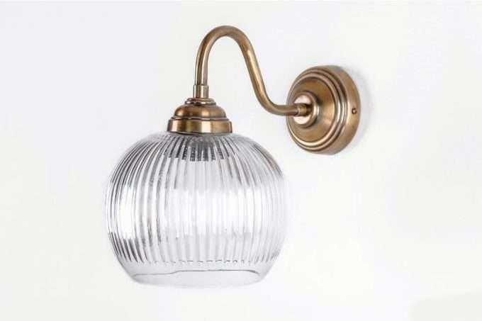 מנורה זכוכית עגולה לקיר