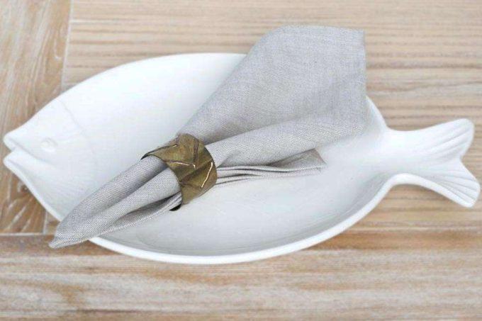 מפיות אוכל אפורות