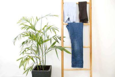 מתלה סולם מעץ לבגדים