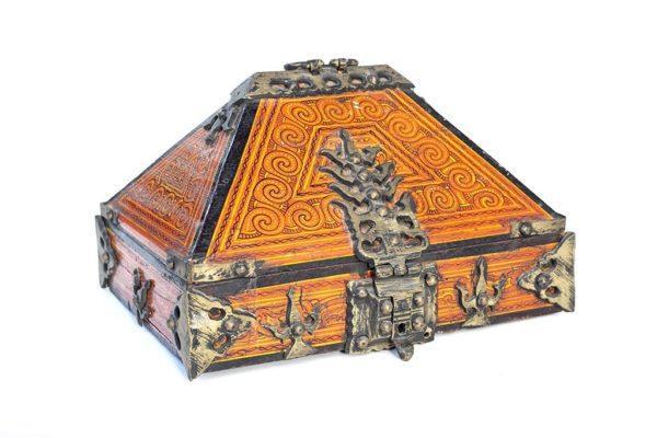 קופסת תכשיטים עתיקה