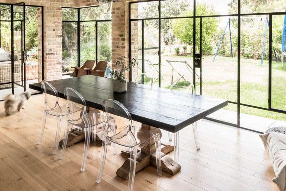 שולחן אבירים מעוצב