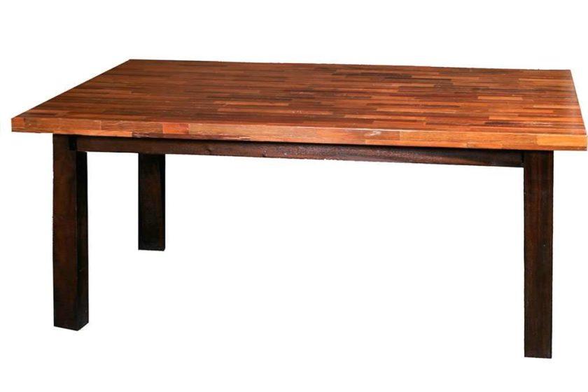 שולחן אוכל מיוחד מעץ