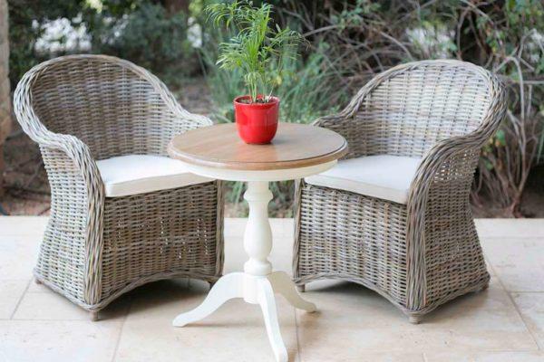 שולחן צד עגול מעץ מלא