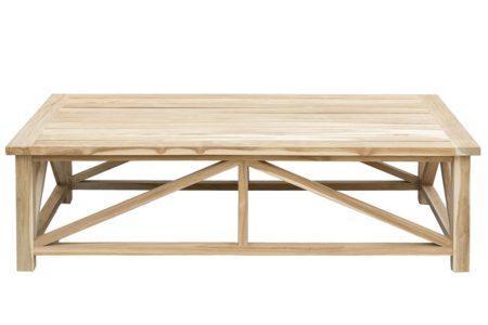 שולחן עץ גדול