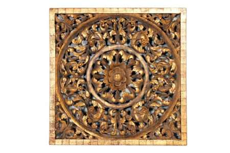 תמונה מגולפת מעץ מלא
