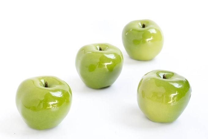 תפוחים מקרמיקה בצבע ירוק