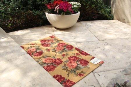 שטיח שושנים ורודים
