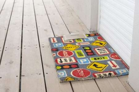 שטיח כניסה תמרורים