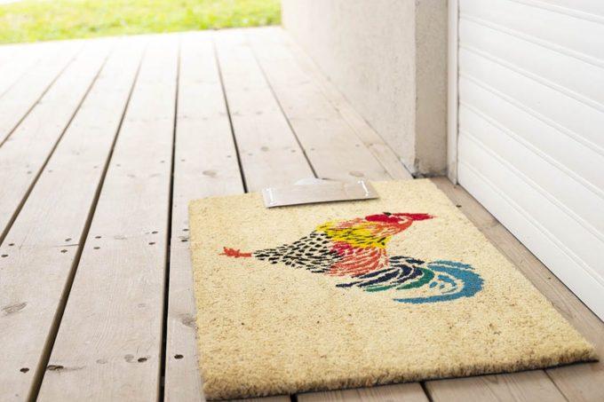 שטיח תרנגול צבעוני לכניסה