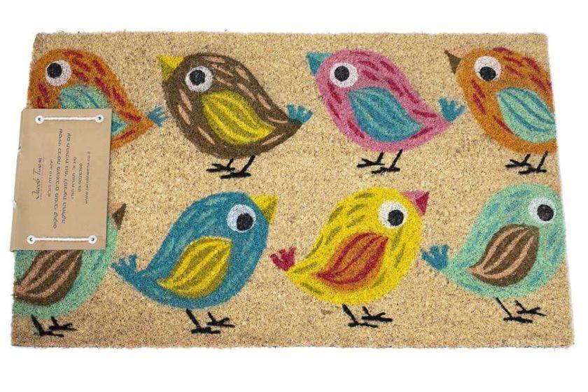 שטיח בצבעים שמחים לכניסה