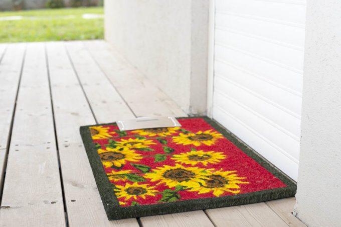 שטיח כניסה חמניה