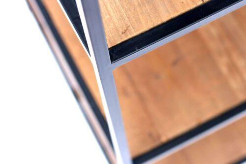 ארון מדפים מעץ וברזל