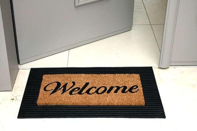 שטיח כניסה מגומי סף דלת