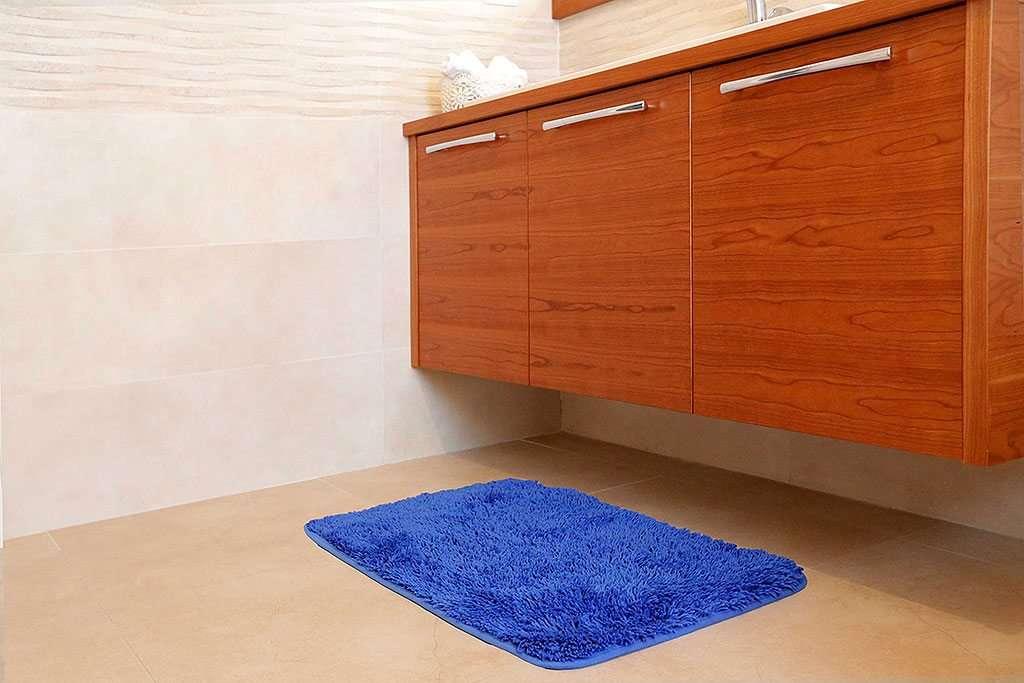 שטיח אמבטיה שאגי כחול