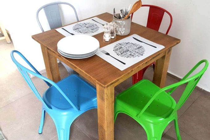 כסא אפור מתכת פינת אוכל