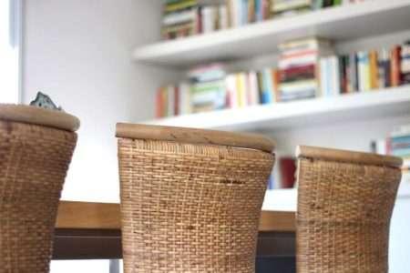 כסא אוכל נוח מעץ מלא