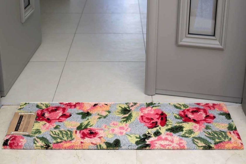 שטיח ארוך תכלת לכניסה
