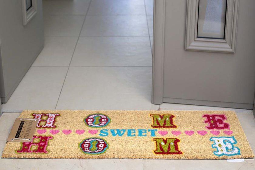 שטיח ארוך צבעוני