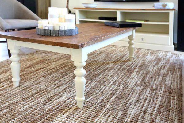 שולחן קפה מעוצב מעץ