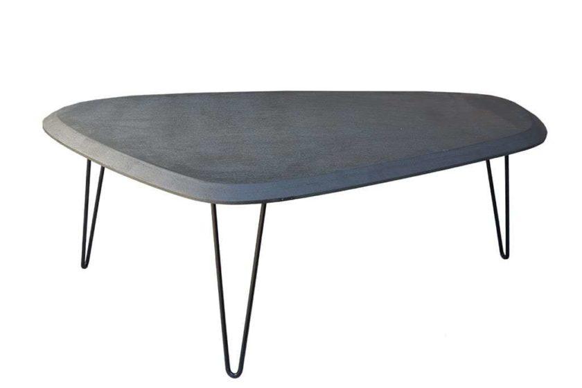 שולחן בטון שחור לסלון