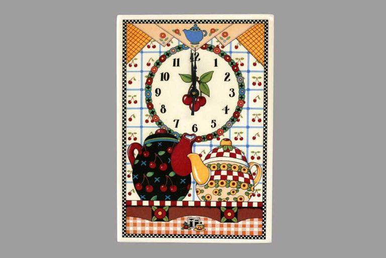 שעון קיר קומקומים כפרי
