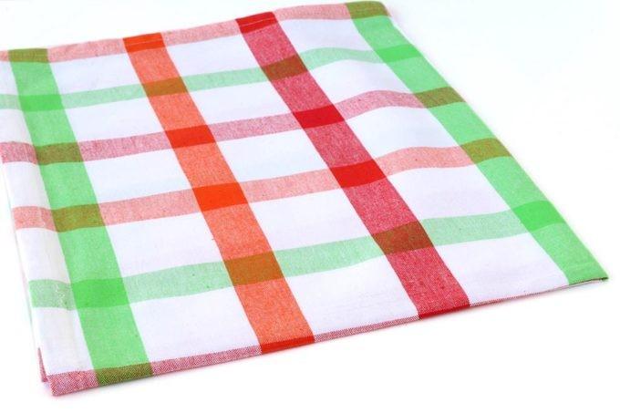 מגבת פסים צבעונית למטבח