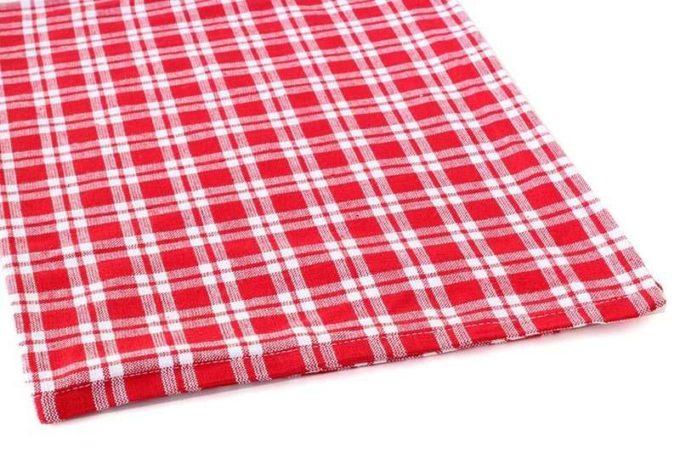 מגבת אדומה לבנה