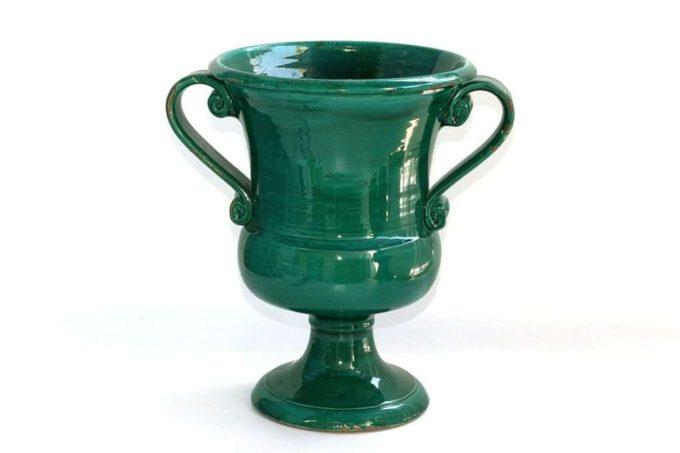 גביע מעוצב מקרמיקה לבית
