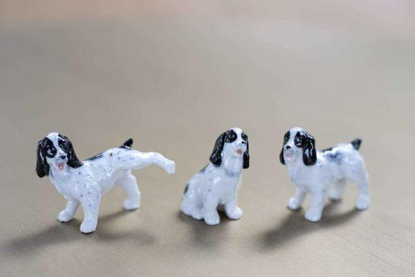 סט שלושה כלבים קטנים