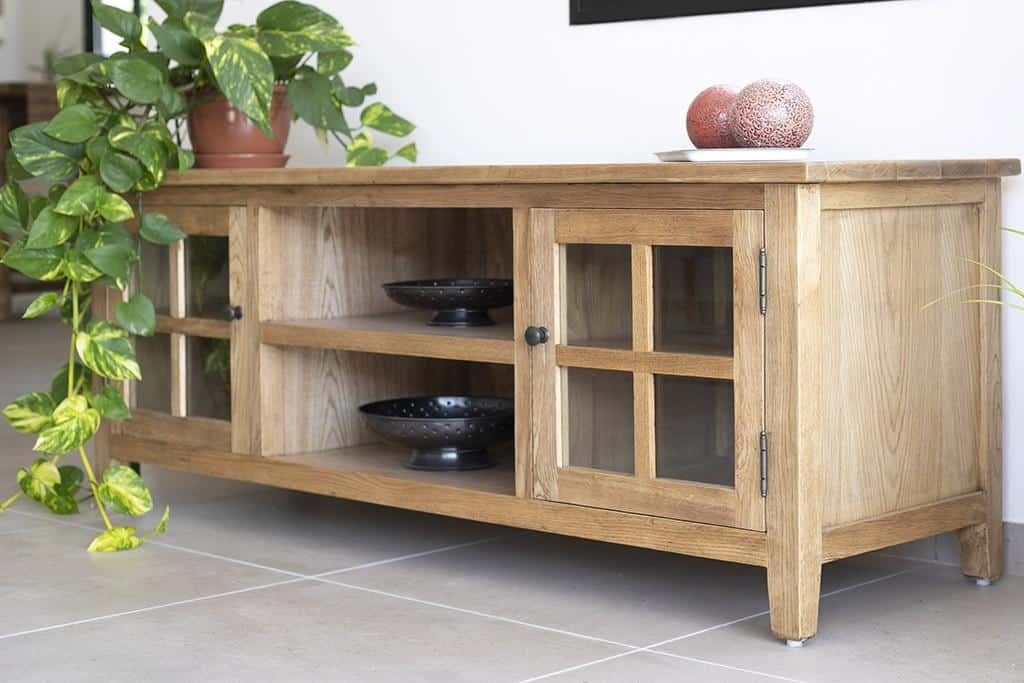 שידת טלוויזיה מעוצבת מעץ