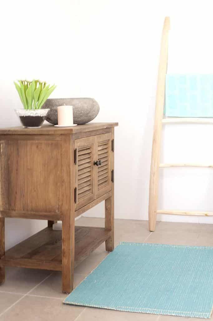ארון אמבט כפרי מעץ לכיור