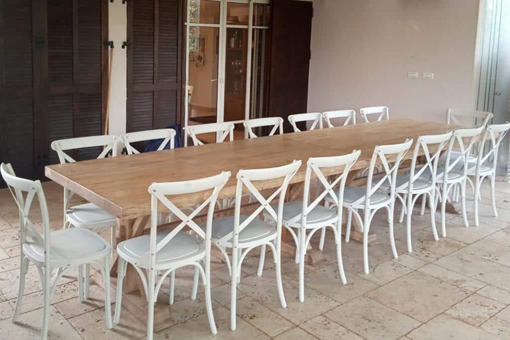 שולחן אבירים גדול ארוך