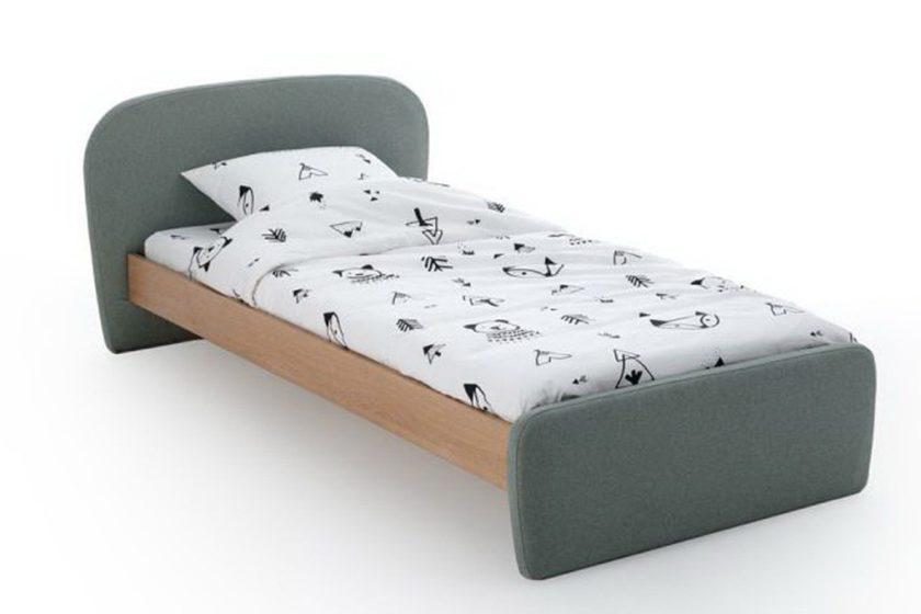 מיטת ילדים מרופדת