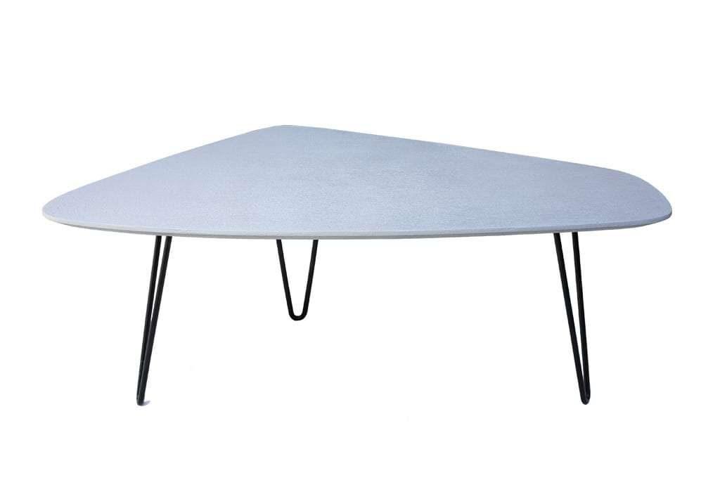 שולחן דמוי אפור בטון