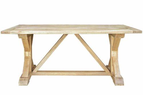 שולחן אוכל מעץ