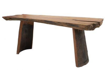 שולחן ענק מעץ טבעי