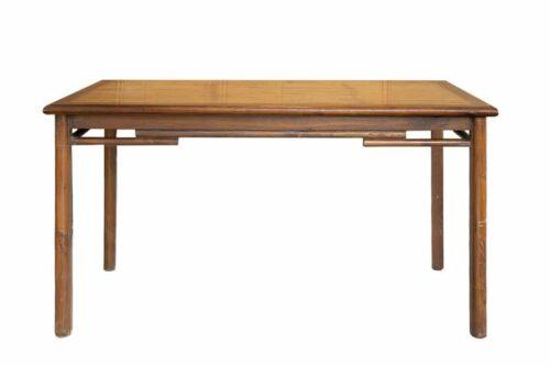 שולחן במבוק ועץ